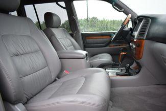 2005 Lexus LX 470 Naugatuck, Connecticut 9