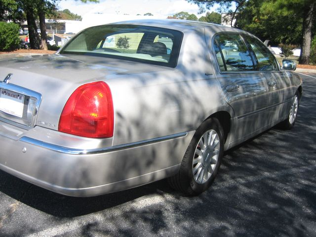 2005 Lincoln Town Car Signature Atlanta, Georgia 15