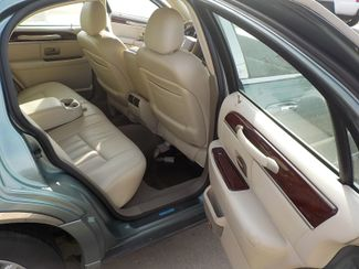 ... 2005 Lincoln Town Car Signature Fayetteville , Arkansas 12 ...