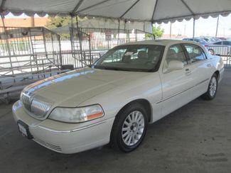 2005 Lincoln Town Car Signature Limited Gardena, California