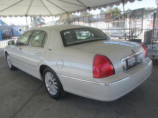 2005 Lincoln Town Car Signature Limited Gardena, California 1