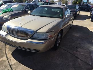 2005 Lincoln Town Car Signature Limited Kenner, Louisiana