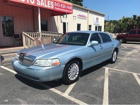 2005 Lincoln Town Car Signature | Myrtle Beach, South Carolina | Hudson Auto Sales in Myrtle Beach, South Carolina