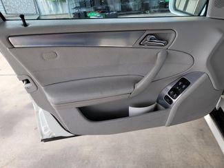 2005 Mercedes-Benz C230 1.8L Gardena, California 9