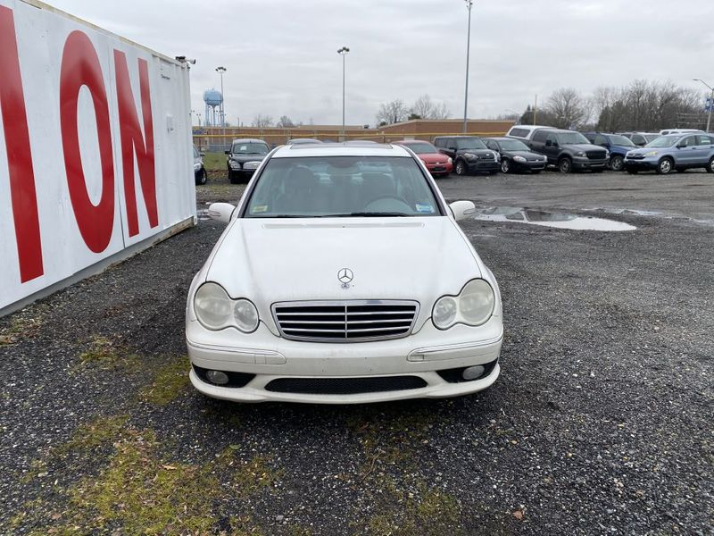 2005 Mercedes-Benz C230 18L  city MD  South County Public Auto Auction  in Harwood, MD