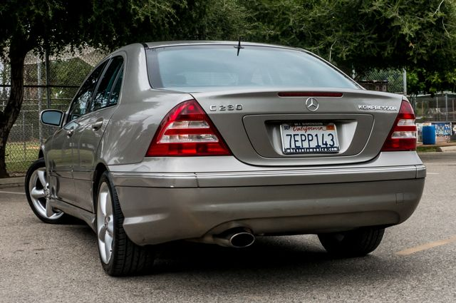 2005 Mercedes-Benz C230 1.8L Reseda, CA 7