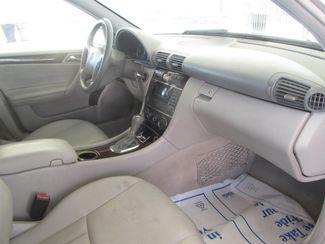 2005 Mercedes-Benz C320 3.2L Gardena, California 8