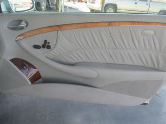 2005 Mercedes-Benz CLK320 3.2L Gardena, California 13