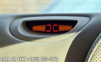 2005 Mercedes-Benz CLK320 3.2L Waterbury, Connecticut 28