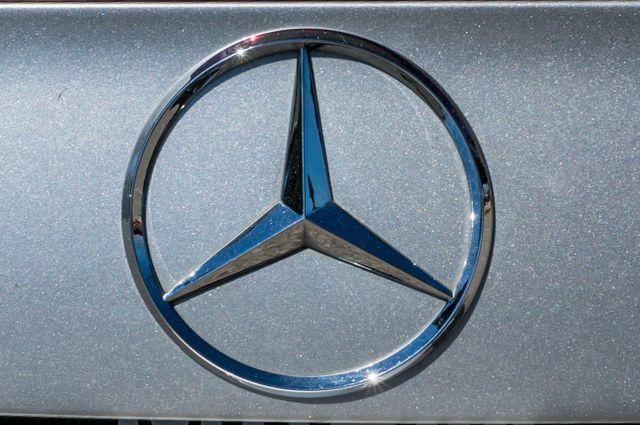 2005 Mercedes-Benz CLK55 AMG Reseda, CA 56