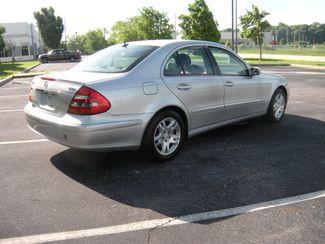 2005 Mercedes-Benz E320 3.2L CDI Chesterfield, Missouri 5