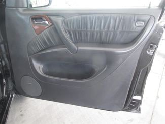 2005 Mercedes-Benz ML500 5.0L Gardena, California 13