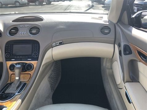 2005 Mercedes-Benz SL-Class SL 500 Convertible V8 Navi Clean Carfax We Finance | Canton, Ohio | Ohio Auto Warehouse LLC in Canton, Ohio