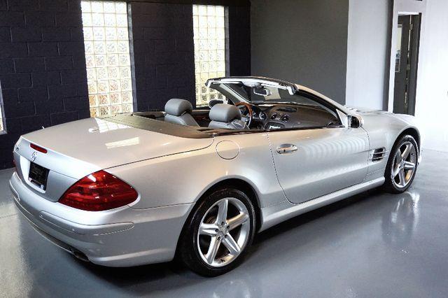 2005 Mercedes-Benz SL500 5.0L Bridgeville, Pennsylvania 9
