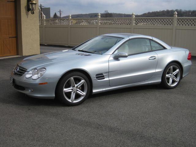 2005 Mercedes-Benz SL500 5.0L Conshohocken, Pennsylvania 1