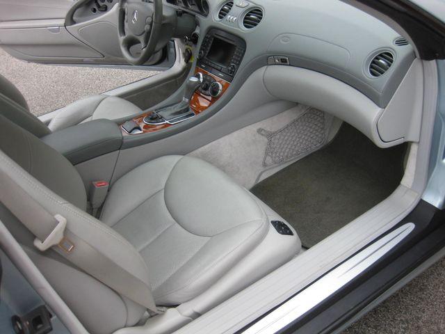 2005 Mercedes-Benz SL500 5.0L Conshohocken, Pennsylvania 14