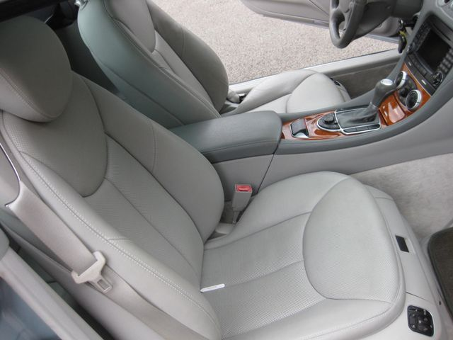 2005 Mercedes-Benz SL500 5.0L Conshohocken, Pennsylvania 15