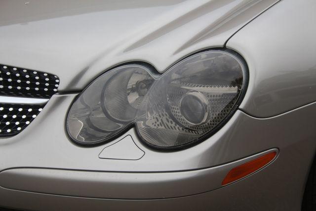 2005 Mercedes-Benz SL500 5.0L Houston, Texas 4
