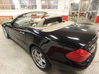 2005 Mercedes Sl500, Sharp, STRONG AND SMOOTH. 5.0L V-8, VERY FAST! Saint Louis Park, MN 15