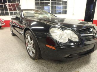 2005 Mercedes Sl500, Sharp, STRONG AND SMOOTH. 5.0L V-8, VERY FAST! Saint Louis Park, MN 24