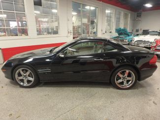 2005 Mercedes Sl500, Sharp, STRONG AND SMOOTH. 5.0L V-8, VERY FAST! Saint Louis Park, MN 9