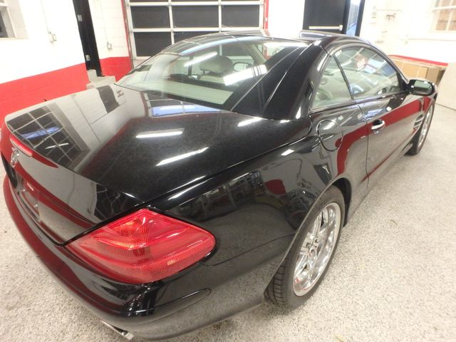 2005 Mercedes Sl500, Sharp, STRONG AND SMOOTH. 5.0L V-8, VERY FAST! Saint Louis Park, MN 12