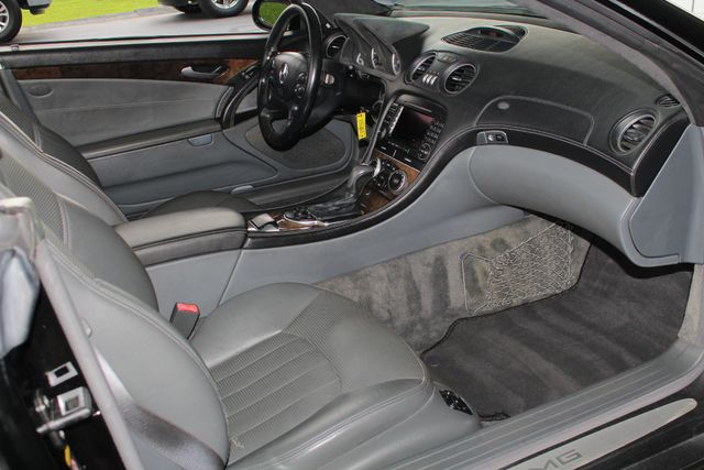2005 Mercedes-Benz SL55 5.5L AMG  RWD - 5.5L AMG SUPERCHARGED V8 - NAV! Mooresville , NC 35