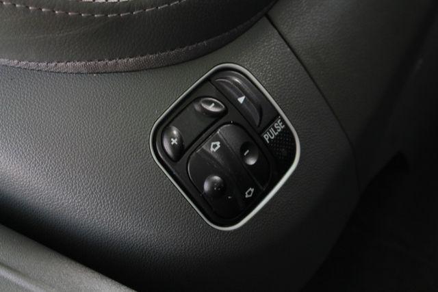 2005 Mercedes-Benz SL55 5.5L AMG  RWD - 5.5L AMG SUPERCHARGED V8 - NAV! Mooresville , NC 36