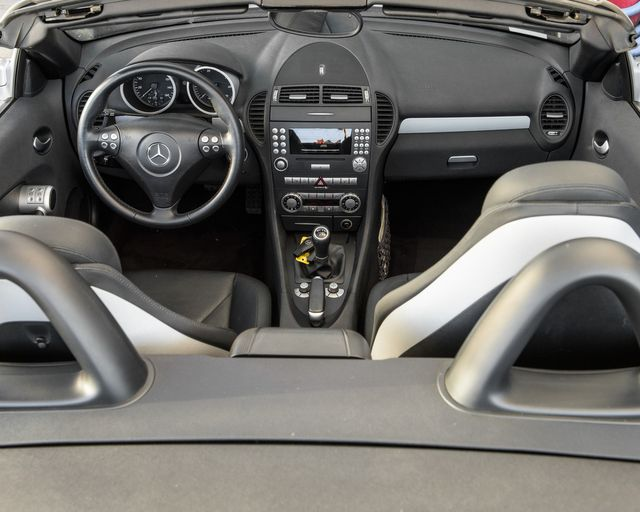 2005 Mercedes-Benz SLK350 6 SPEED Burbank, CA 11