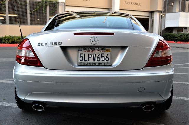 2005 Mercedes-Benz SLK350 in Reseda, CA, CA 91335