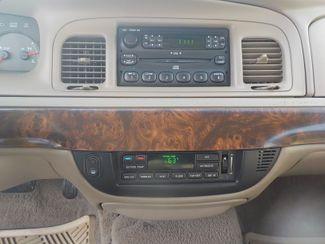 2005 Mercury Grand Marquis LS Premium Fayetteville , Arkansas 14