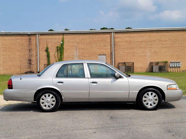 2005 Mercury Grand Marquis LSE in Hope Mills, NC 28348