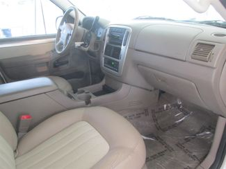 2005 Mercury Mountaineer Convenience Gardena, California 7