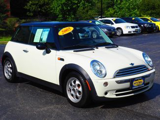 2005 Mini Cooper Base | Champaign, Illinois | The Auto Mall of Champaign in Champaign Illinois