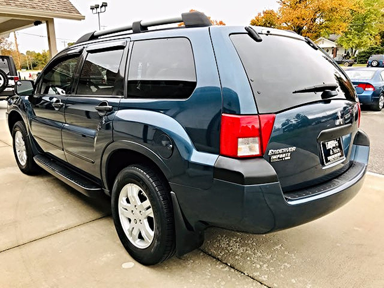2005 Mitsubishi Endeavor LS 4WD Imports and More Inc