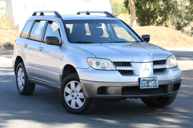 2005 Mitsubishi Outlander LS Santa Clarita, CA 3