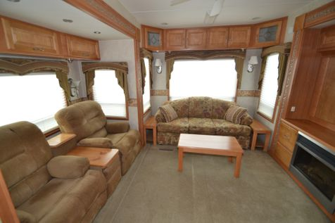 2005 Mobile Suites 38RLS  in Pueblo West, Colorado