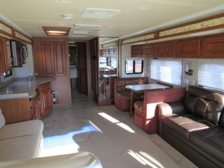 2005 Monaco Knight 38PDQ 4 SLIDES Bend, Oregon 4