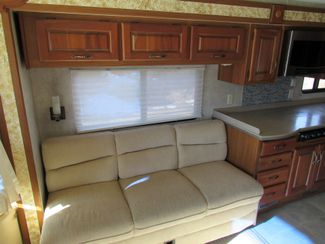 2005 Monaco Knight 38PDQ 4 SLIDES Bend, Oregon 8