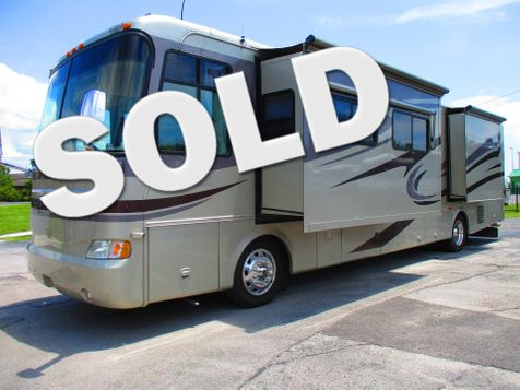 2005 Monaco Knight  40PDQ in Hudson, Florida