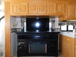 2005 Newmar Kountry Star KSDP3909  city Florida  RV World of Hudson Inc  in Hudson, Florida