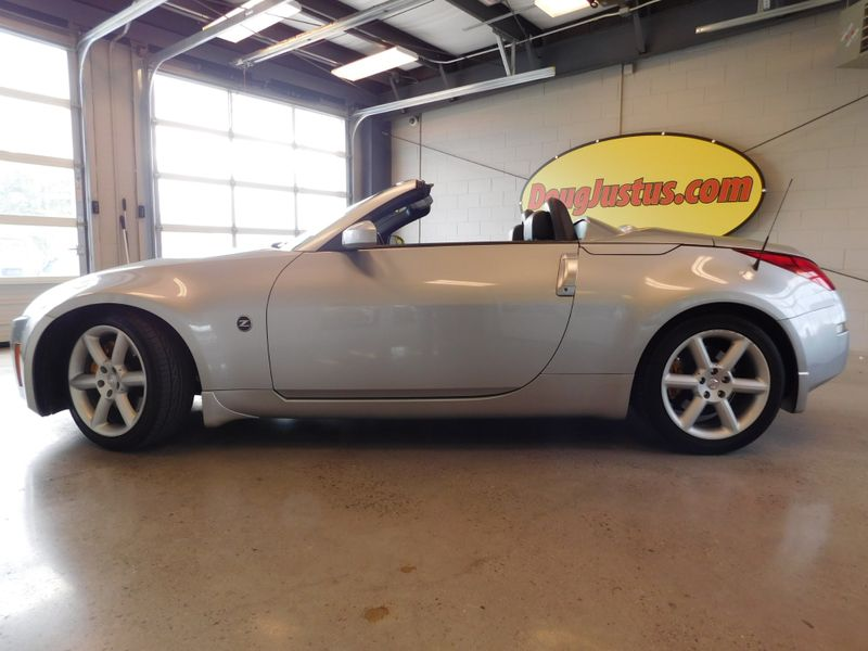 2005 Nissan 350Z Grand Touring  city TN  Doug Justus Auto Center Inc  in Airport Motor Mile ( Metro Knoxville ), TN