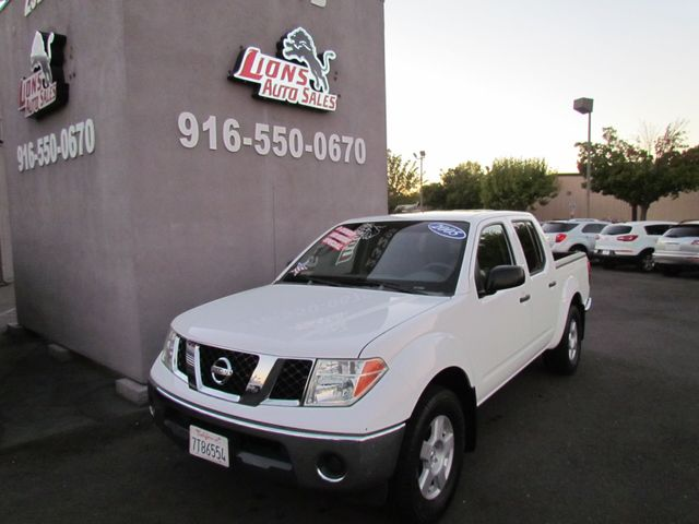 2005 Nissan Frontier SE Crew Cab , Extra Clean , Low miles 89K