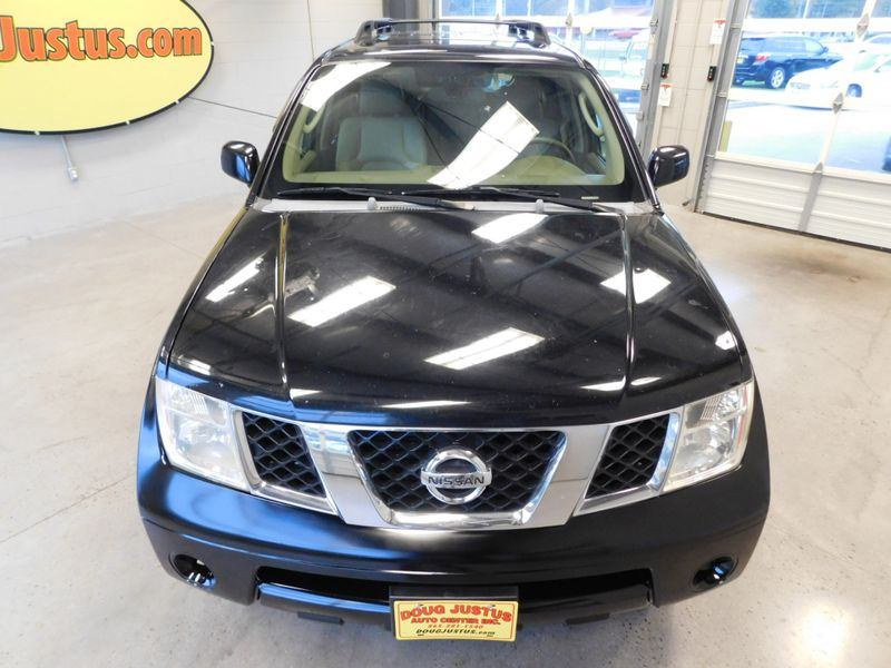 2005 Nissan Pathfinder LE  city TN  Doug Justus Auto Center Inc  in Airport Motor Mile ( Metro Knoxville ), TN