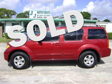 2005 Nissan Pathfinder XE 4X4 in Fort Pierce, FL