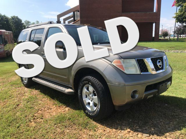2005 Nissan Pathfinder SE Knoxville, Tennessee