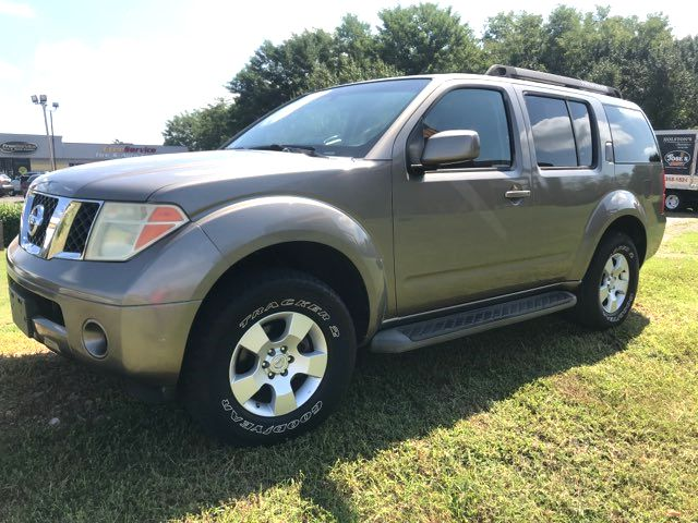 2005 Nissan Pathfinder SE Knoxville, Tennessee 2