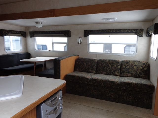 2005 Nomad 2505 Mandan, North Dakota 2