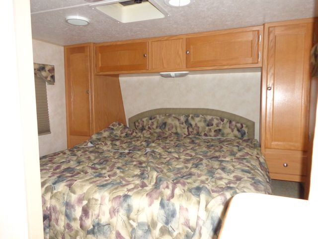 2005 Nomad 2505 Mandan, North Dakota 10