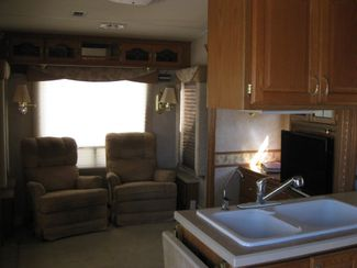 2005 Nu-Wa Discover America Hitchhikert 31.5 LK  SOLD!! Odessa, Texas 4